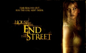 house_at_the_end_of_the_street_movie-1440x900